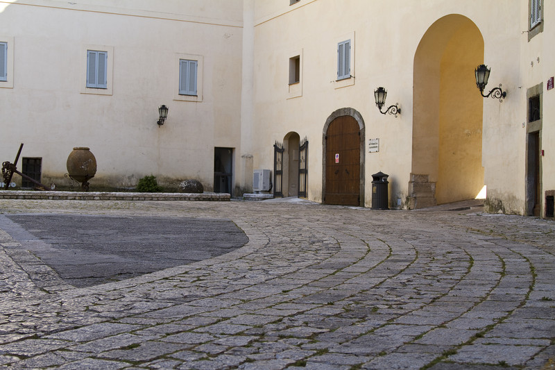 piazza lanzuisi