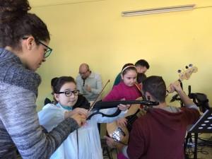 OFFICINA DELL'ARTE NELLA SCUOLA ELEMENTARE DI GIULIANELLO7